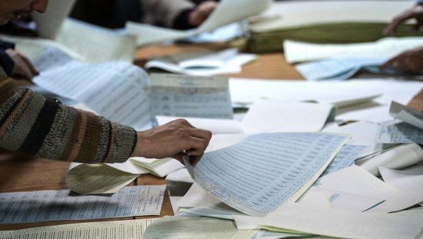 На Хмельниччині лише 16 з 60-ти ТВК подали протоколи про підрахунок голосів