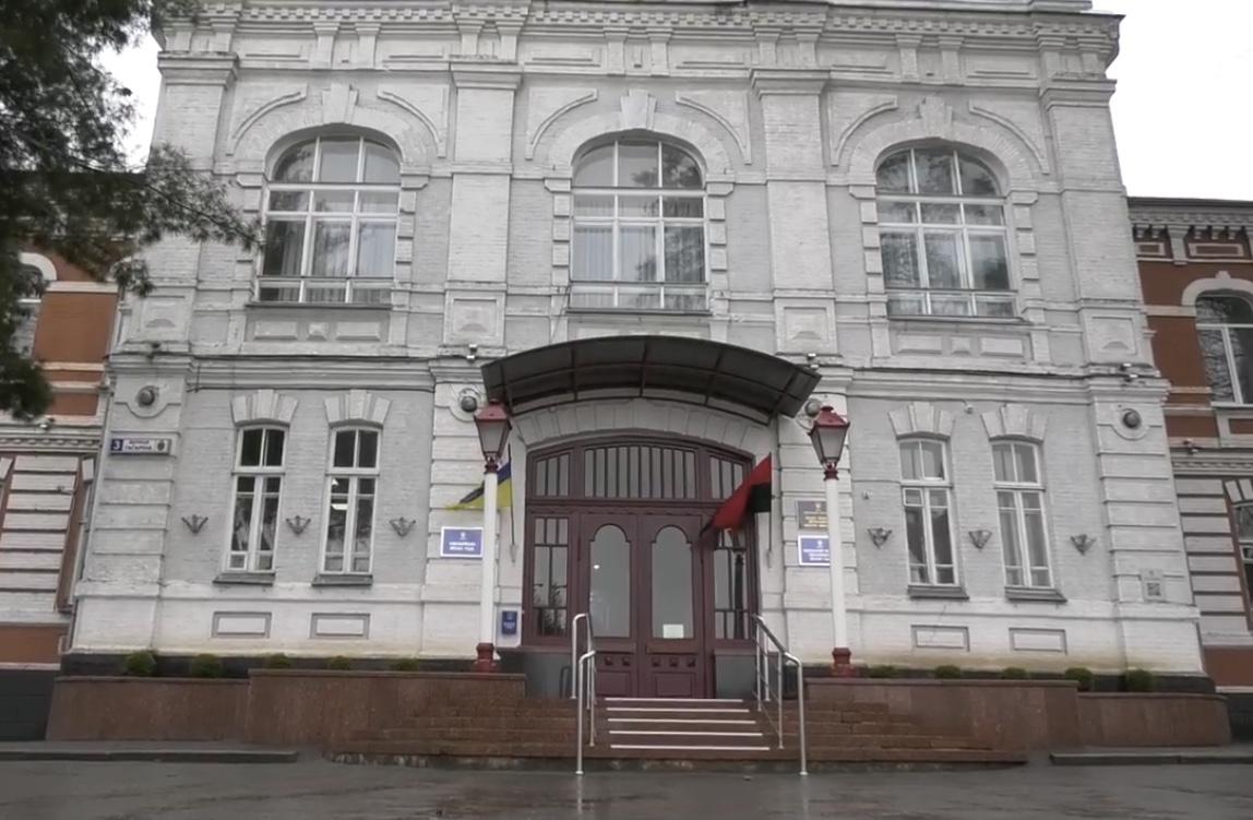 Через слизькі дороги комунальники Хмельницького позбулися посад і преміальних