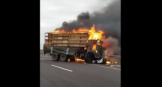 На Хмельниччині внаслідок зіткнення вантажівки та легковика загинули люди (ВІДЕО)