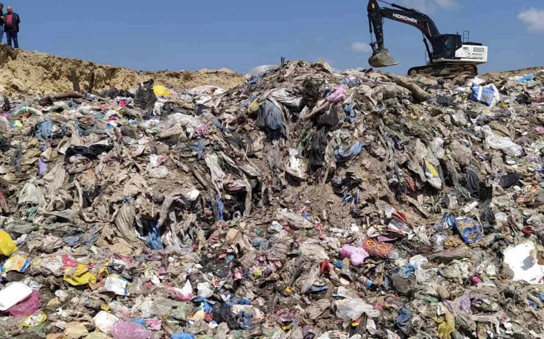 На Хмельниччині виявлено несанкціонований вивіз львівського сміття (ФОТО)